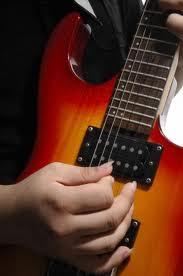 Chitarra elettrica vs acustica vs classica?