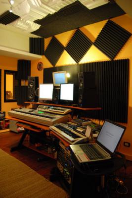 Pannelli fonoassorbenti per la correzione acustica di uno studio di registrazione