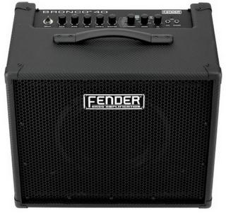 Fender Bronco 40, un amplificatore per basso con connettività usb