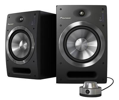 Pionner annuncia i monitor attivi S-DJ08 e S-DJ05