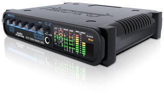 MOTU audio Express, un interfaccia audio 6 × 6 ibrida FireWire / USB 2.0 e mixer