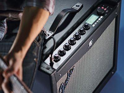 Fender Mustang III, un amplificatore a basso costo con tante funzionalità