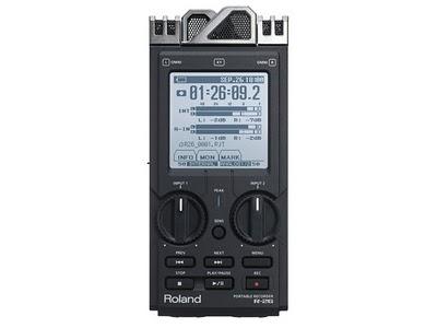Roland R-26, un registratore che permette di registrare sei canali audio contemporaneamente