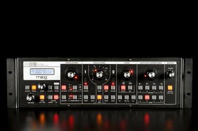 Moog Music Slim Phatty, un suono analogico da un modulo da tavolo