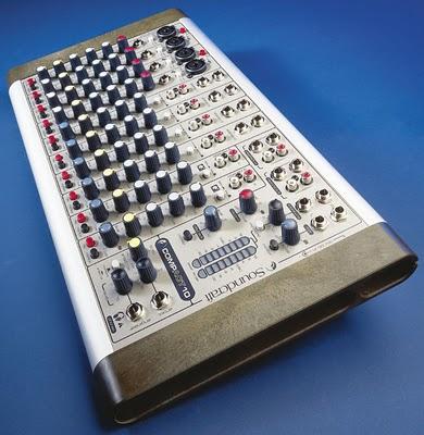 mixer Soundcraft Compact 10